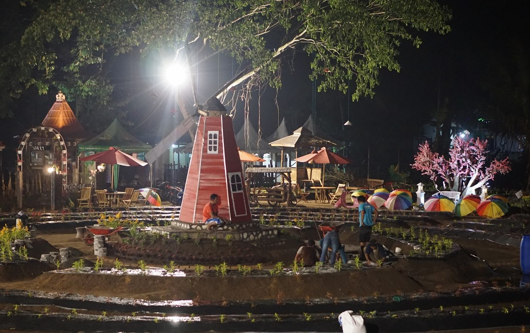 taman ramadanu malam hari